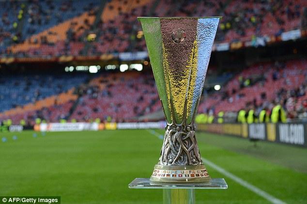 ယူ႐ုိပါလိဂ္႐ႈံးထြက္အဆင့္ပြဲစဥ္မ်ားတြင္ VAR အသုံးျပဳသြားမည္ဟု UEFA အတည္ျပဳ
