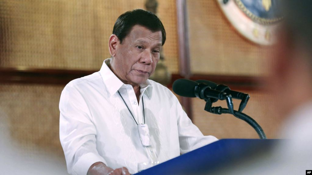 အိမ္ျပင္မထြက္ရအမိန္႔ ခ်ဳိးေဖာက္သူေတြ ပစ္သတ္ဖို႔ သမၼတ Duterte အမိန္႔ေပး