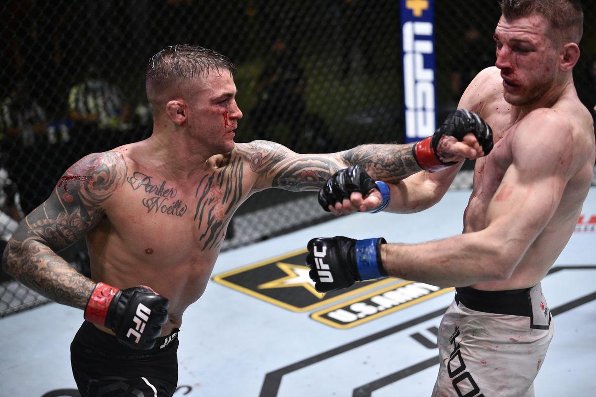 ပရိသတ္အႀကိဳက္ေတြ႕ခဲ့တဲ့ UFC ပြဲစဥ္မွာ ဖိုက္တာႏွစ္ေယာက္စလုံး ေဆး႐ုံတက္ခဲ့ရ